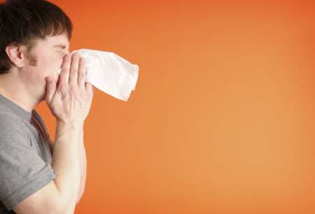 Sneeze_000009079975Large_iStockphoto